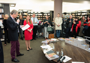 Ivan Lindsay speaking at the book launch for 'Masterpieces of Soviet Paintings and Sculpture' at Waterstones in PIccadilly on 10th October 2016.